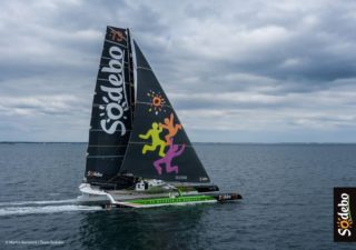 Décoration des voiles et sérigraphie sur vêtements ⛵ pour Team Sodebo Voile - Thomas Coville by Costard / L'Atelier sur Mer 🤘 - - - - - - - - #sea #ocean #boat #sail #sailing #trimaran #courseaularge⛵️ #boating #yacht #yachting #boatlife #travel #summer #covering #boatcovering